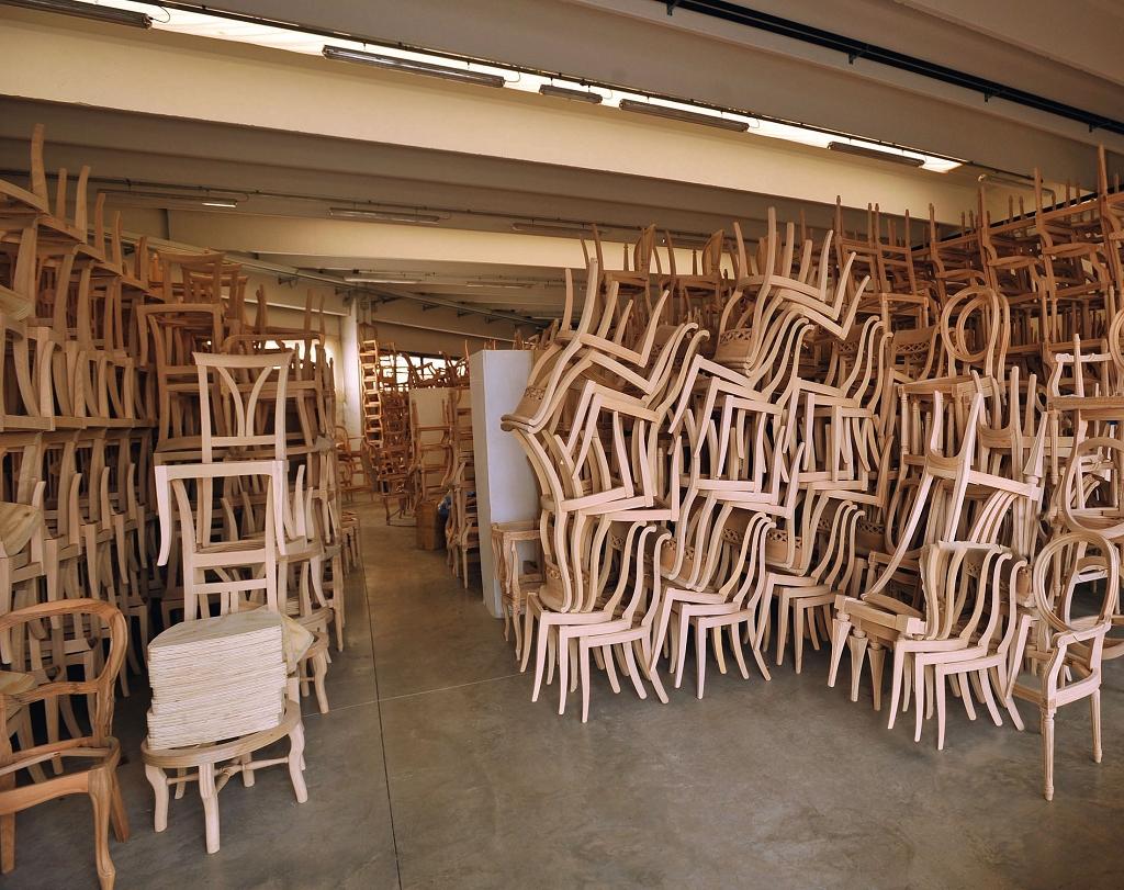 La produzione sedie veneto produzione sedie divani - Fusti divani e poltrone ...