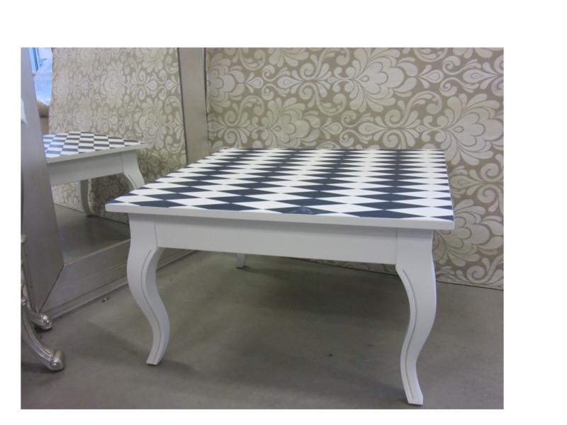 tavolino.jpg